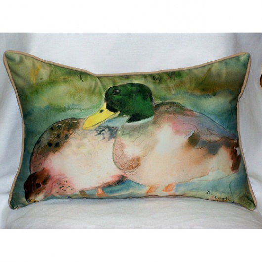 Mallards Art Outdoor Pillow 15 in. x 22 in.
