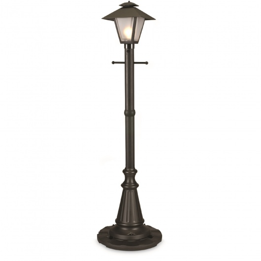 Black Cape Cod Post Lamp