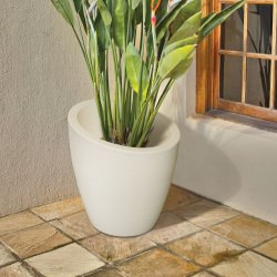 Novo Modesto 20 Inch Tall UV and Mold Resistant Commercial Planter