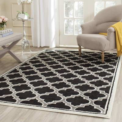 Black Outdoor Rugs