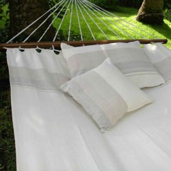Fabric Hammock with Spreader Bar - Natural